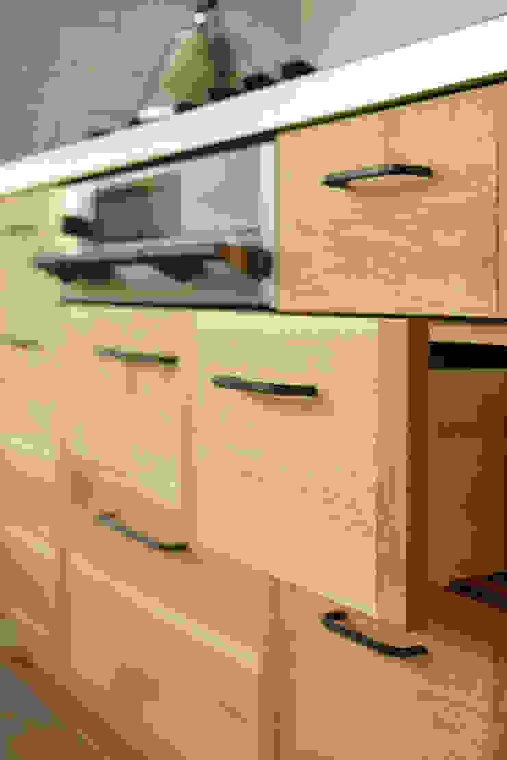 クレバスハウスのキッチン 北欧デザインの キッチン の 株式会社seki.design 北欧