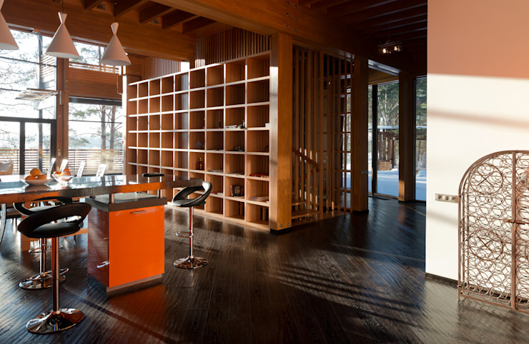 Название Sala multimediale eclettica