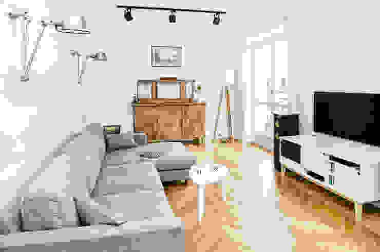 Francja na Powiślu: styl , w kategorii Salon zaprojektowany przez EG Projekt,Skandynawski