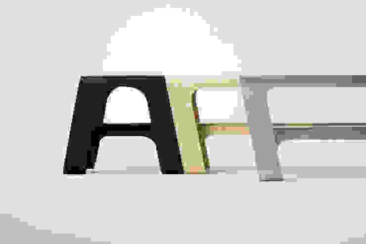 LINUM Series: hirakoso DESIGNが手掛けた現代のです。,モダン