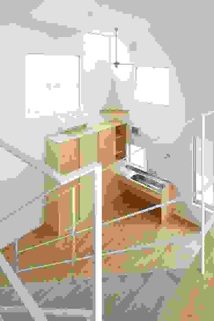 MoyaMoya モダンデザインの 多目的室 の studio PHENOMENON モダン