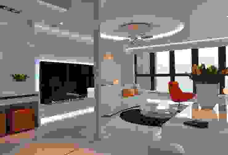 Sea Towers Apartment: styl , w kategorii Salon zaprojektowany przez Minsterstwo Spraw We Wnętrzach,Minimalistyczny