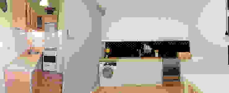 Kawalerka 24m2 w Katowicach do wynajęcia - wersja czarno-biała Minimalistyczna kuchnia od Ale design Grzegorz Grzywacz Minimalistyczny