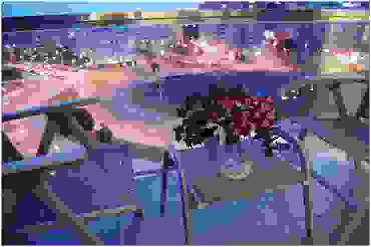 Tostado Balcones y terrazas de estilo escandinavo de Cardellach Interior & Events Escandinavo