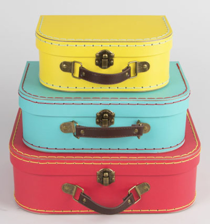 Set of 3 Brights Retro Suitcases: rustic  by ihearthomes, Rustic