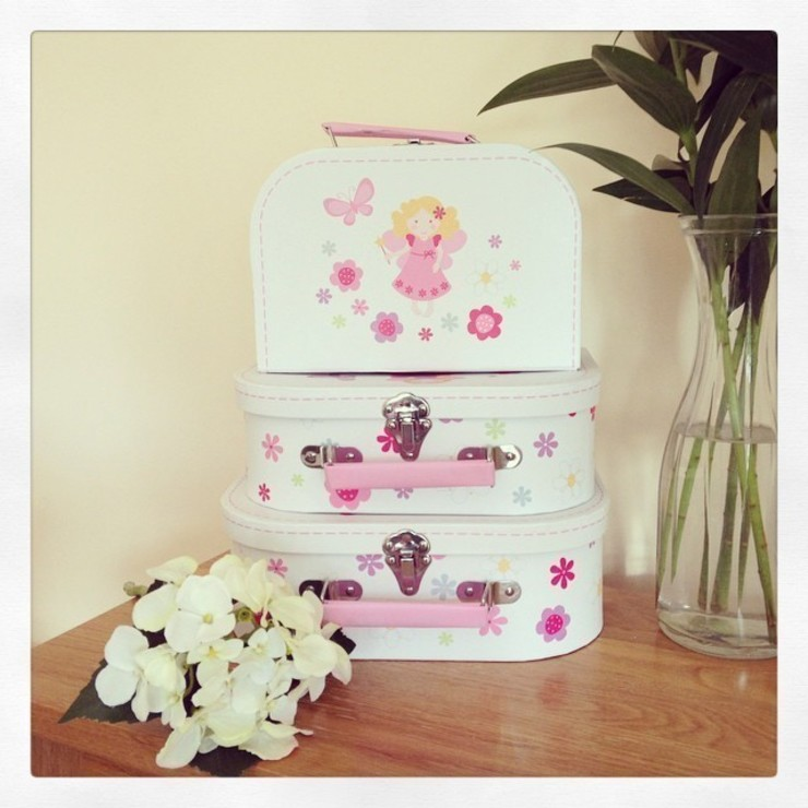 Set of 3 Fairy Suitcases: classic  by ihearthomes, Classic