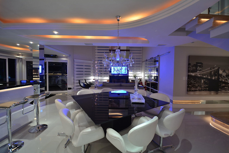 Modern dining room by Paulinho Peres Group Modern