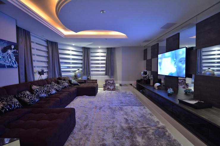 Modern media room by Paulinho Peres Group Modern