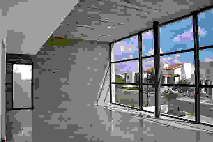 Casa RDM45: Salas de estilo  por VG+VM Arquitectos, Moderno