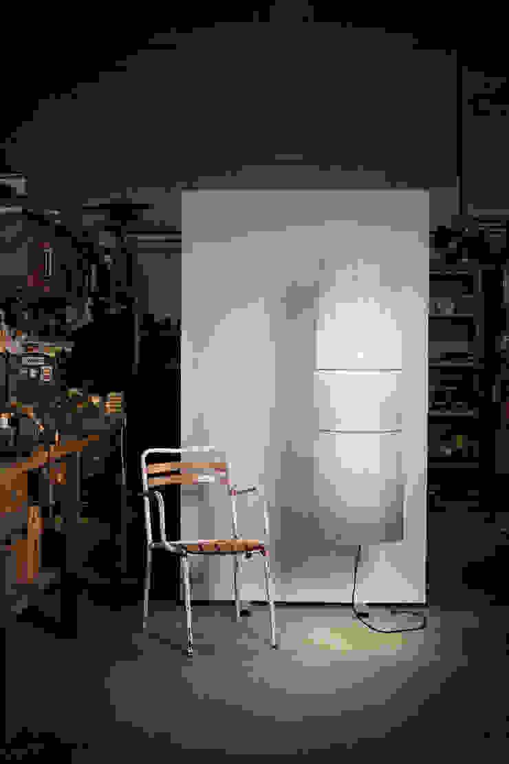 Indiana 1001/120 CG de Jou Diseño & Luz Moderno