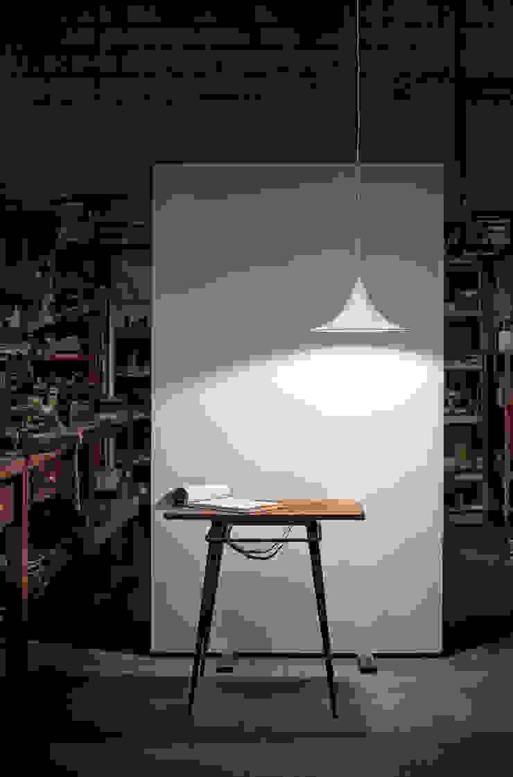 Etna 824/038 LP de Jou Diseño & Luz Moderno