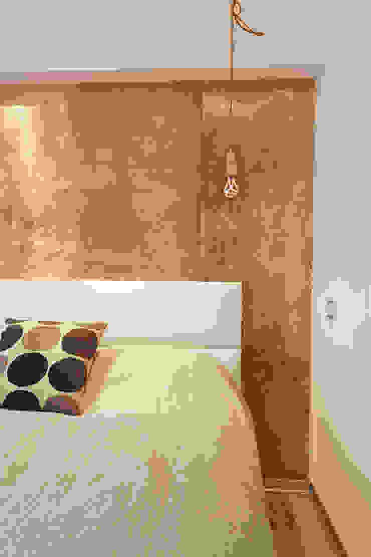 Спальня Спальня в скандинавском стиле от Double Room Скандинавский