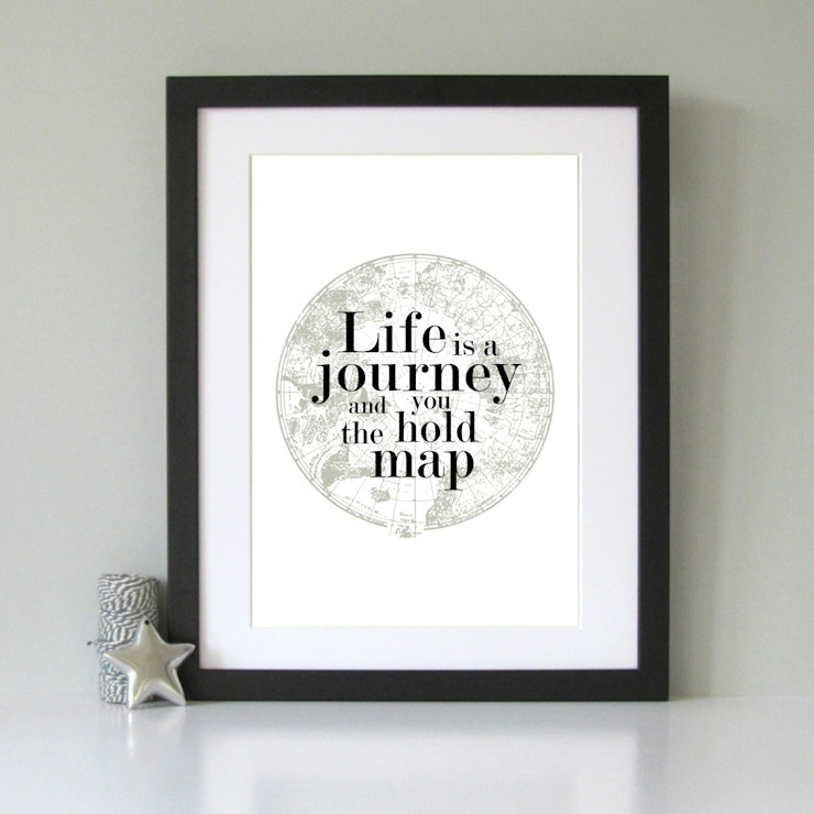 Life is a journey old world map vintage art print od Always Sparkle Nowoczesny