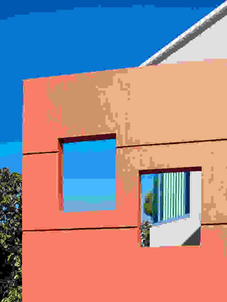 Moderne Häuser von Excelencia en Diseño Modern