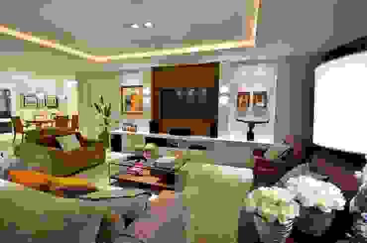 Living Salas de estar modernas por LizRibeiro Arquitetura Moderno