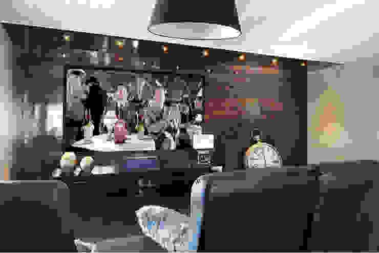Salas multimedia de estilo moderno de Sylvie caron design inc Moderno