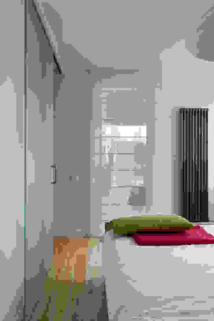 Jacek Tryc-wnętrza Minimalist bedroom