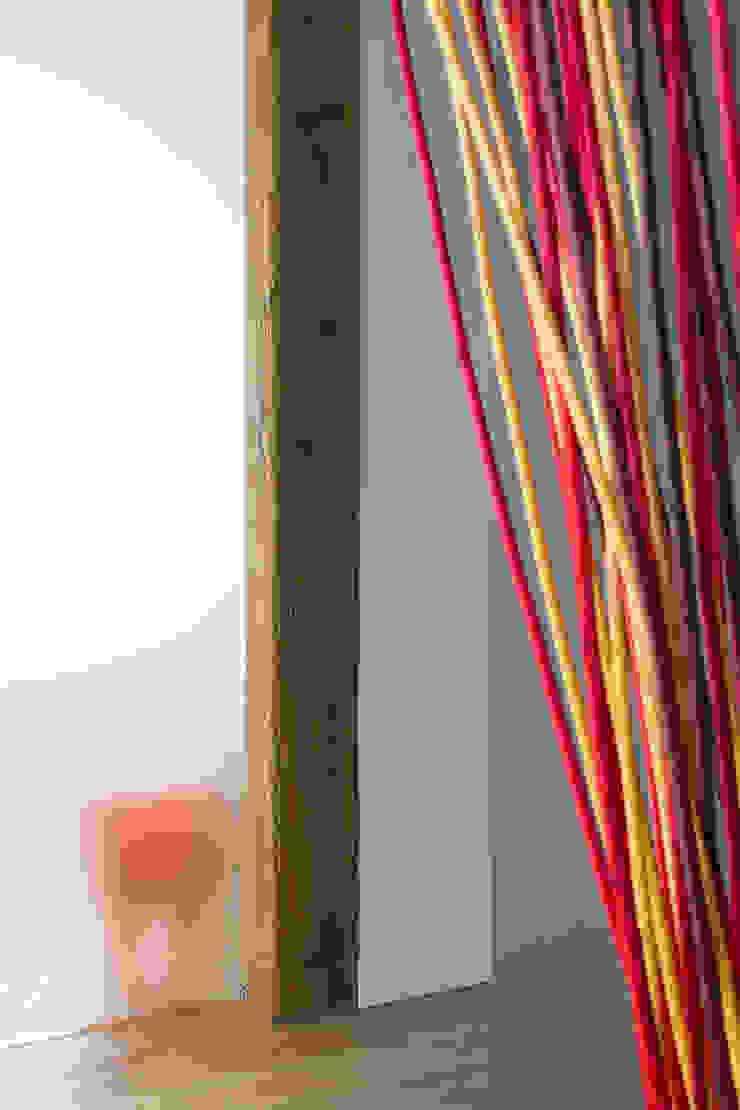 Jacek Tryc-wnętrza Minimalist living room
