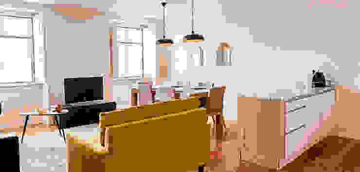 Dining room Salas de jantar ecléticas por Staging Factory Eclético