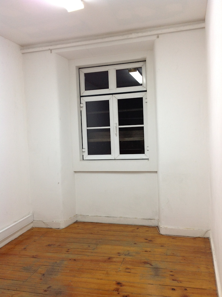 TWIN ROOM BEFORE por Staging Factory