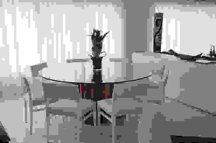 CASA SWISS PARK Salas de jantar rústicas por Renata Amado Arquitetura de Interiores Rústico