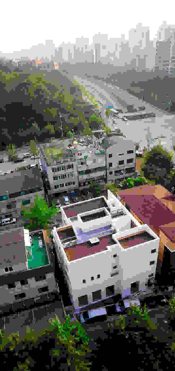 현앤전 건축사 사무소(HYUN AND JEON ARCHITECTURAL OFFICE ) Casas estilo moderno: ideas, arquitectura e imágenes