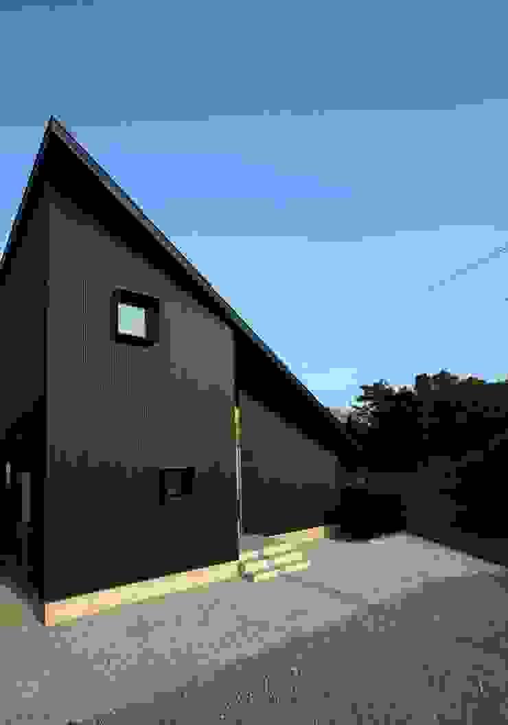 忍者の住む家 モダンな 家 の 秀田建築設計事務所 モダン