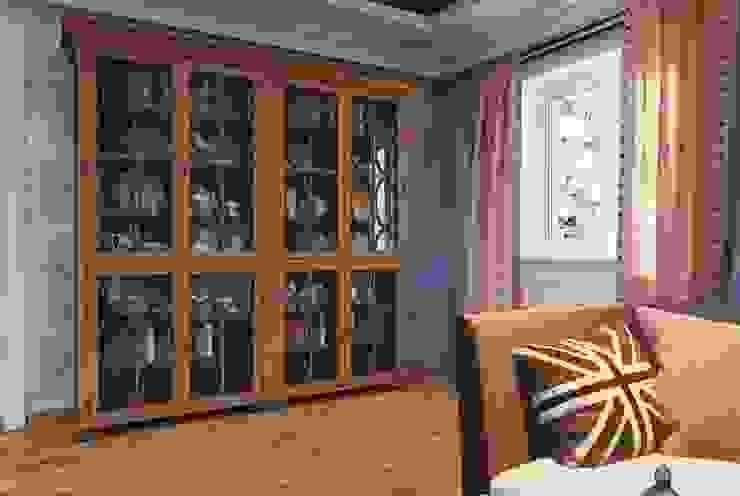 Гостиная в доме. Благородный <q>шале</q> с мужской душой Гостиная в классическом стиле от Katerina Butenko Классический