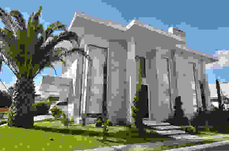 Дома в стиле модерн от ANDRÉ PACHECO ARQUITETURA Модерн