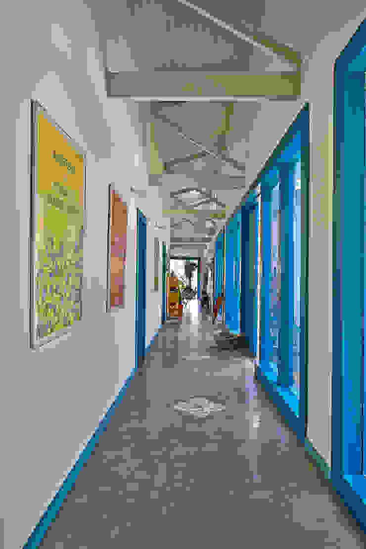 Beth Marquez Interiores Couloir, entrée, escaliers rustiques