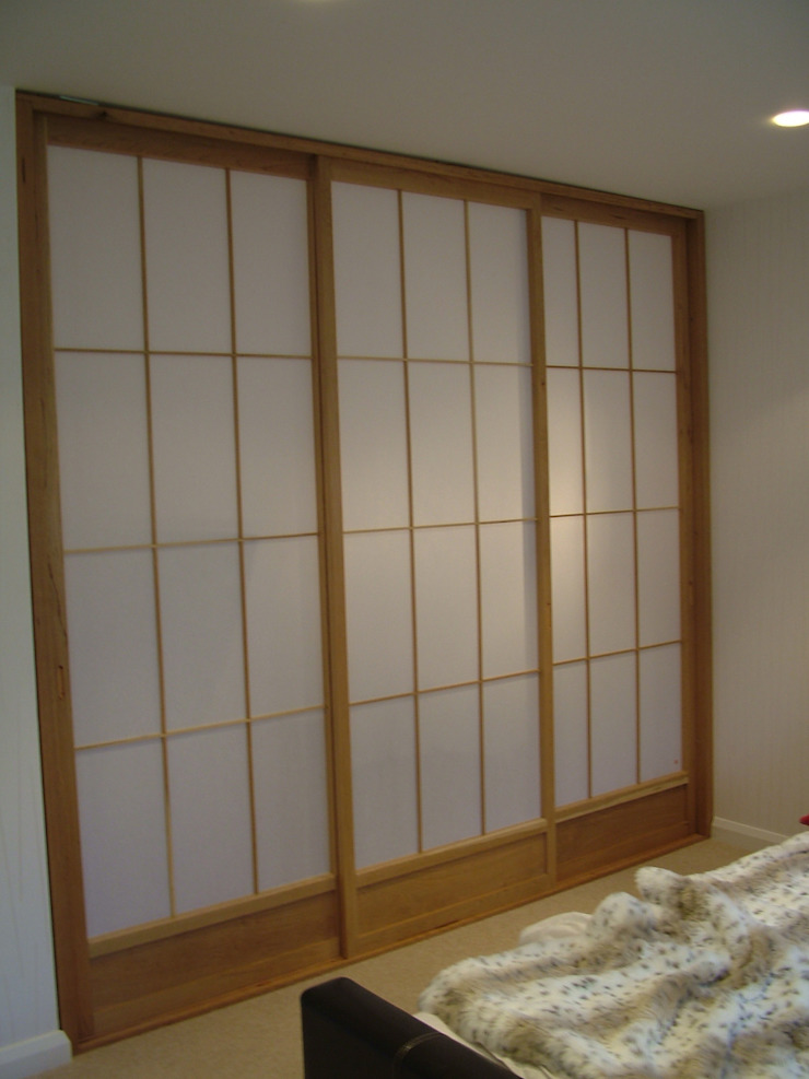 Wadrobe Asian style bedroom by Shades Of Japan Asian