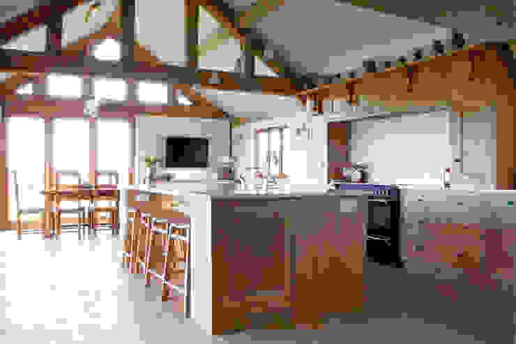 Fitted Oak Kitchen David Holliday Kitchens Classic style kitchen
