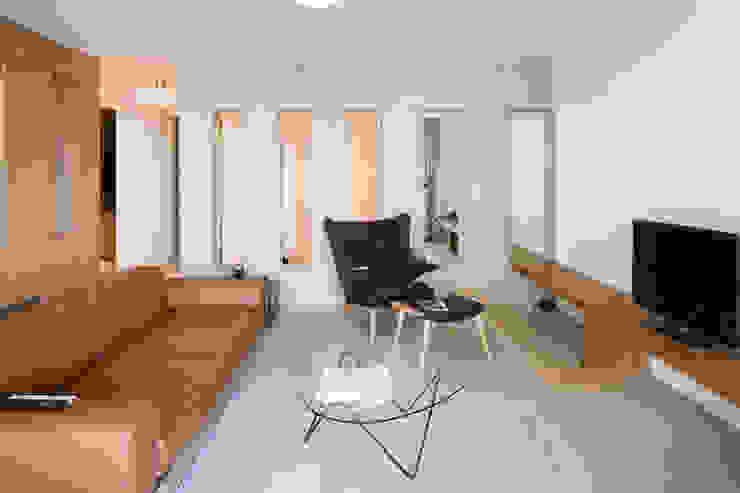 Project Amsterdam Noord - Overhoeksparklaan Moderne woonkamers van Standard Studio - Amsterdam Modern