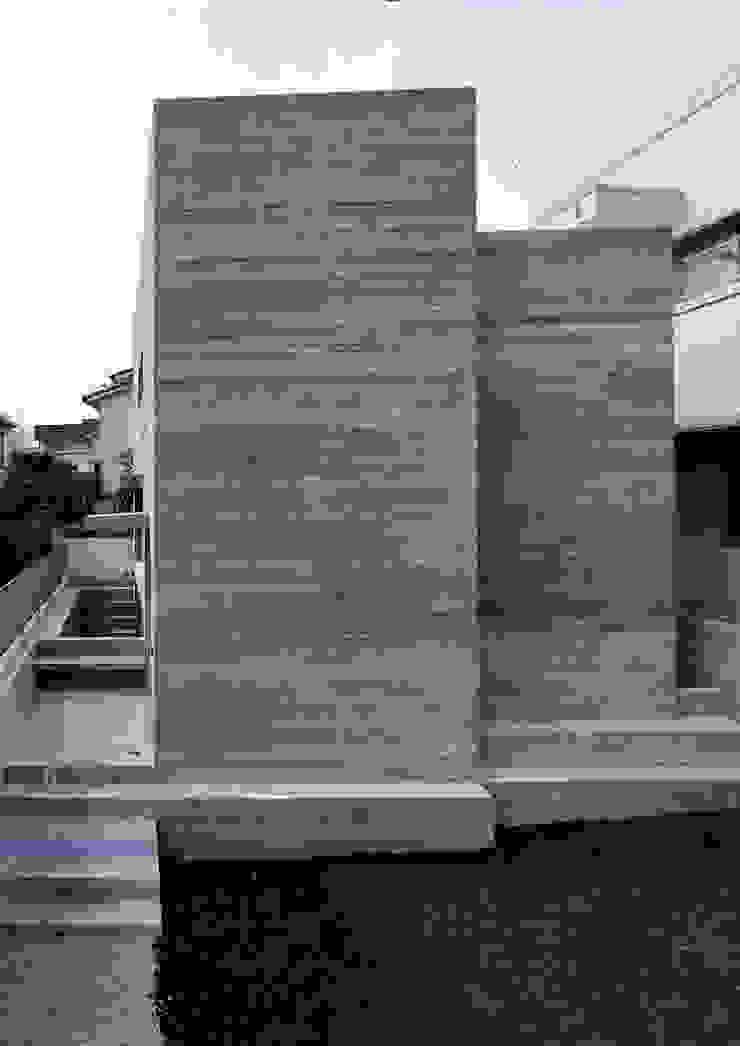 代田の住宅 モダンな 家 の 井上洋介建築研究所 モダン
