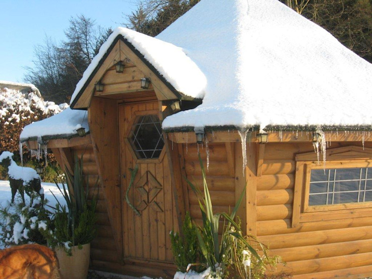 It's cold outside but toasty warm inside! Jardin scandinave par Arctic Cabins Scandinave
