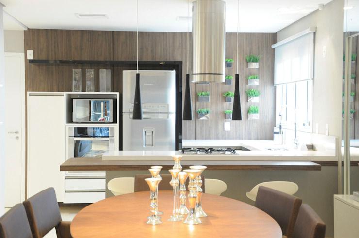 APTO ARAN Salas de jantar modernas por Renata Amado Arquitetura de Interiores Moderno
