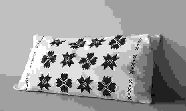 poduszki ze wzorem suwalskim od MAQUDESIGN Skandynawski