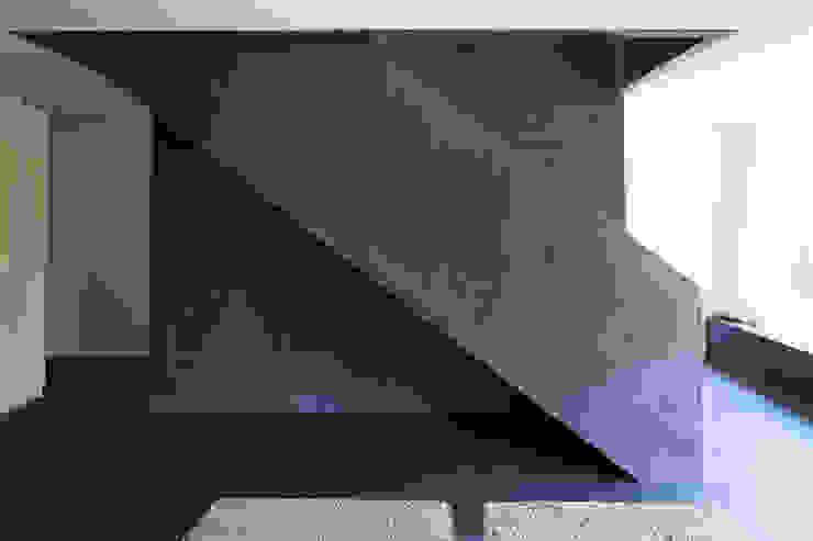 Architekturbüro Dongus Koridor & Tangga Modern