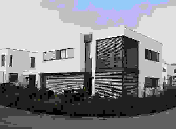 unlimited architekten  |  neumann + rodriguez의  주택, 모던