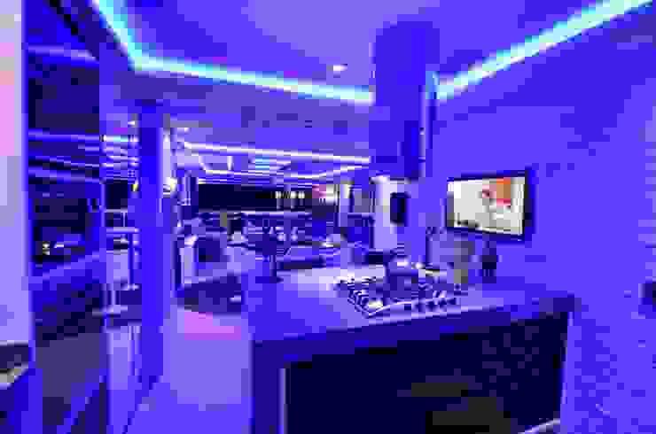 Resort! Cozinhas modernas por Paulinho Peres Group Moderno