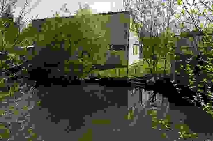 Vue depuis la Juine Jardin moderne par Architecture Landscape & Urban planning Moderne