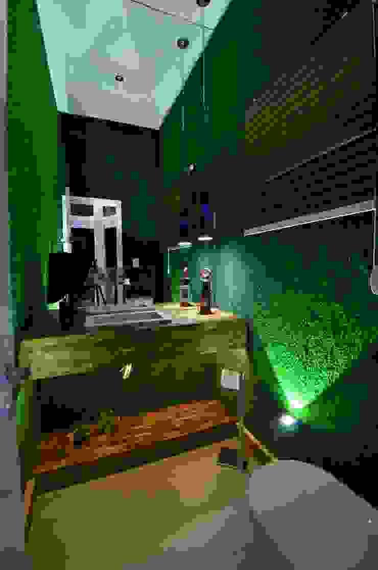 Resort! Banheiros modernos por Paulinho Peres Group Moderno