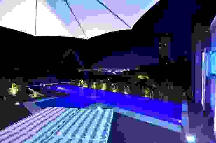Resort! Piscinas modernas por Paulinho Peres Group Moderno