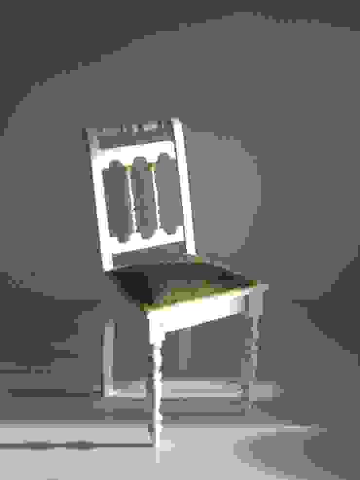 rechte stoel met groen bont van Lifecycle Art & Furniture Eclectisch