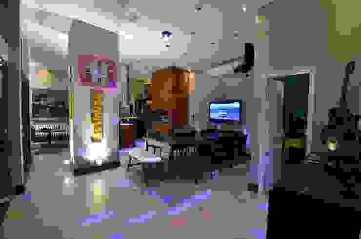 Resort! Salas de jantar modernas por Paulinho Peres Group Moderno