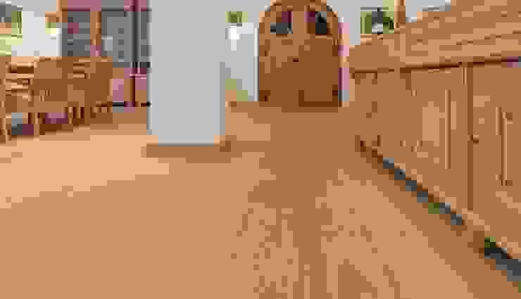 Admonter Roble Stone Paredes y suelos de estilo clásico de PAUMATS S.L. Clásico Madera Acabado en madera