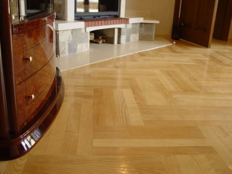 Four strip Basket Weave Parquet Pattern Classic style living room by Luxury Wood Flooring Ltd Classic