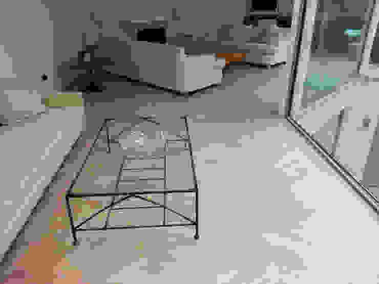 Oak Chevron Parquet Flooring Modern living room by Luxury Wood Flooring Ltd Modern