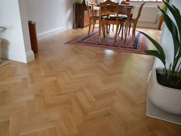 Classic Herring bone Parquet flooring Classic style dining room by Luxury Wood Flooring Ltd Classic