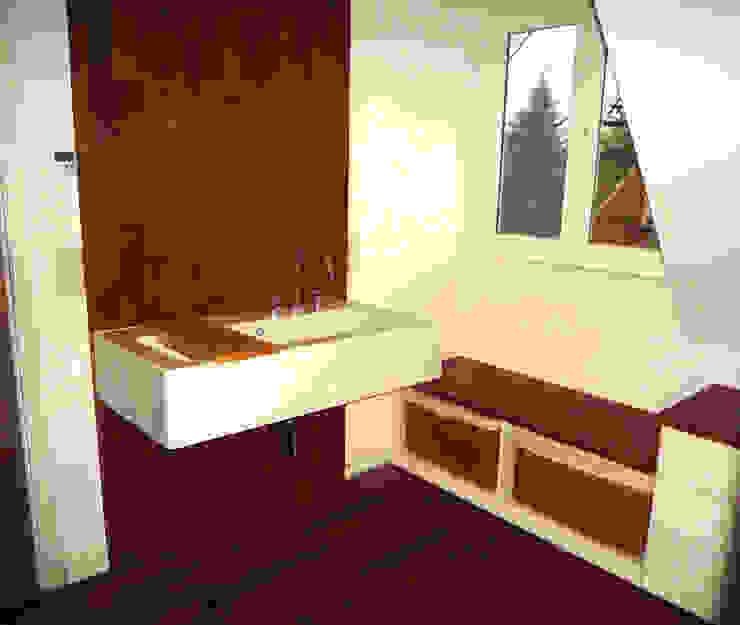 Innenräume Gündchen BadezimmerWaschbecken